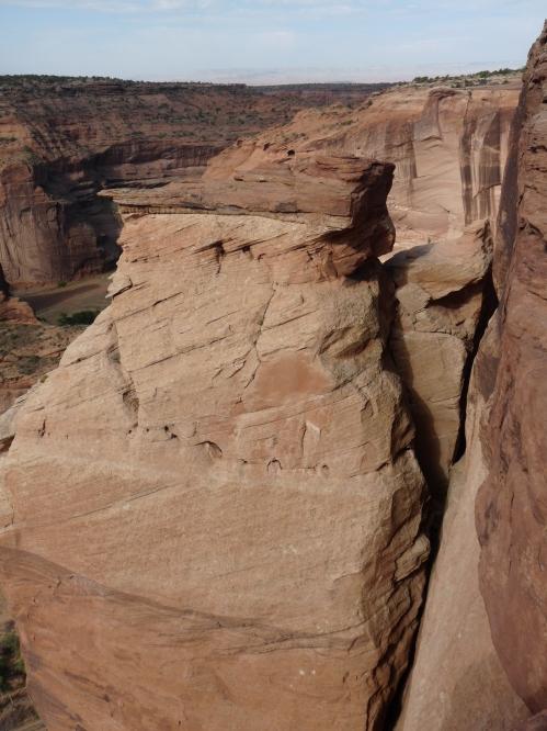 Steep cliff walls at Canyon del Muerto